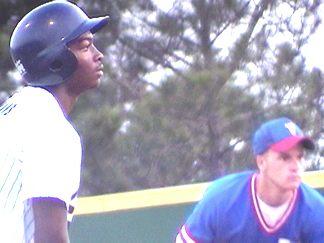 Everett Evans on 3rd - bases still loaded
