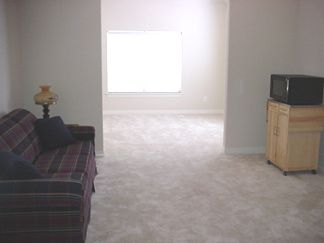 Oct 4th 2003: Mom's Rooms - Not furnished yet