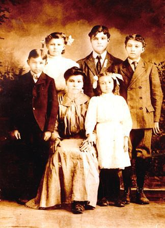 Mom's grandmother Josephene in the middle with her five kids