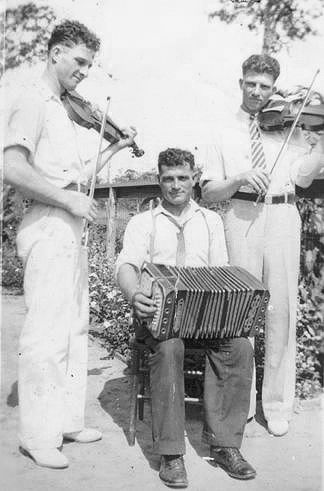 Joe Matocha with his brothers (Raymond on the left and Edward on the right)