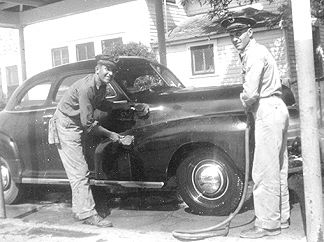 1948 - We give you that full service at Texaco Stations!